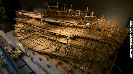 The ship is now visible from nine galleries.