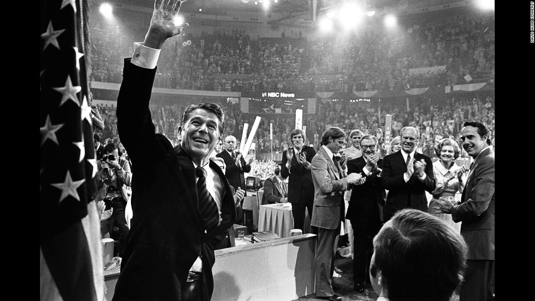 Ford and Reagan share the spotlight at the end of the convention. Reagan would win the nomination four years later and defeat Jimmy Carter in the general election.