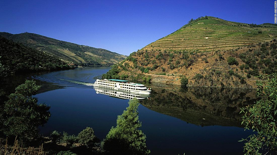 Portugal39s Douro River Flows Like Liquid Gold  CNNcom