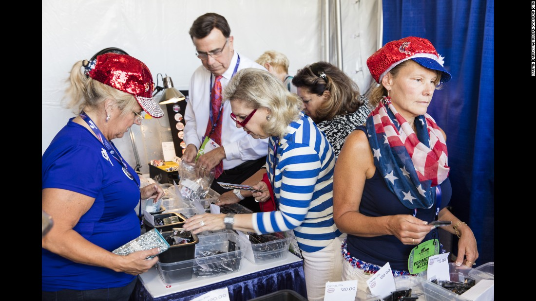 People shop for souvenirs at the convention.