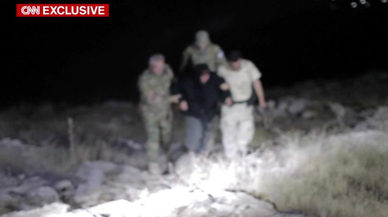 fleeing from the grip of isis ben wedeman pkg_00000617