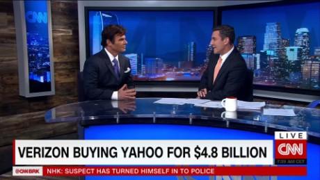 exp Verizon Buys Yahoo for $4.8 Billion_00000612