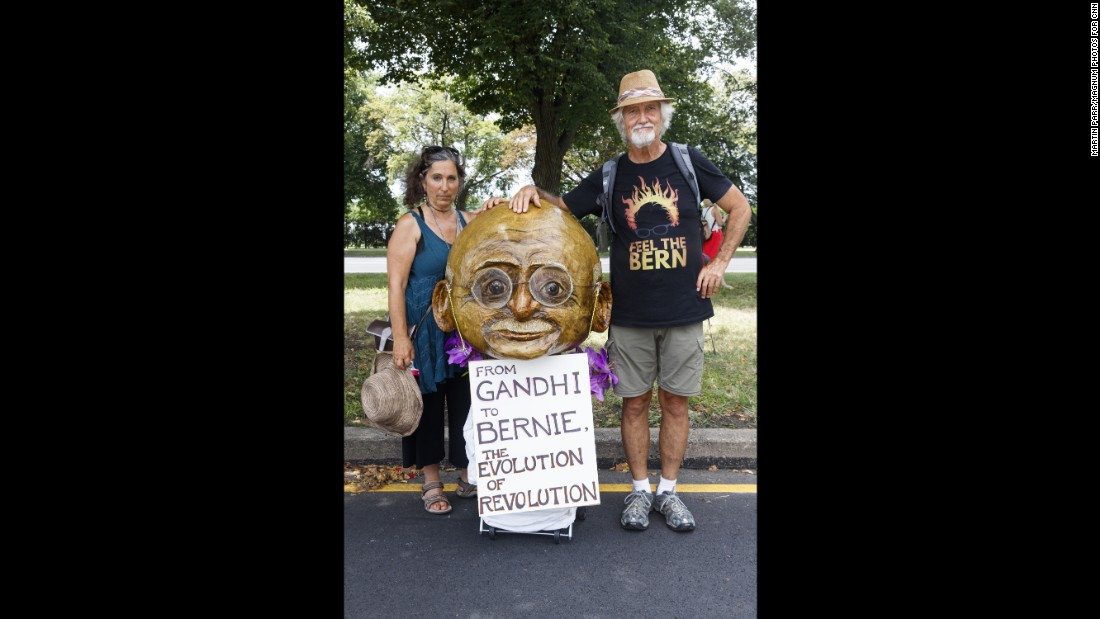 Mara Chitayat, left, and Jes Richardson outside the Democratic National Convention in Philadelphia