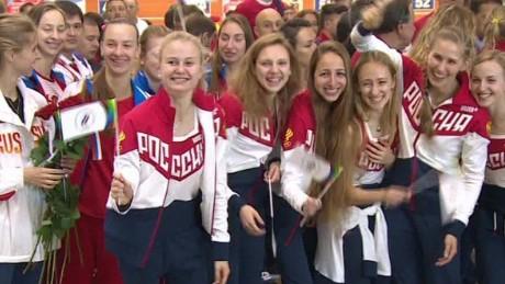 moscow russian athletes depart sebastian lklv_00005507