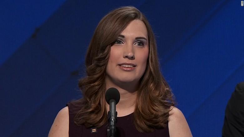 Former WH staffer becomes first transgender woman to address DNC - CNNPolitics.com