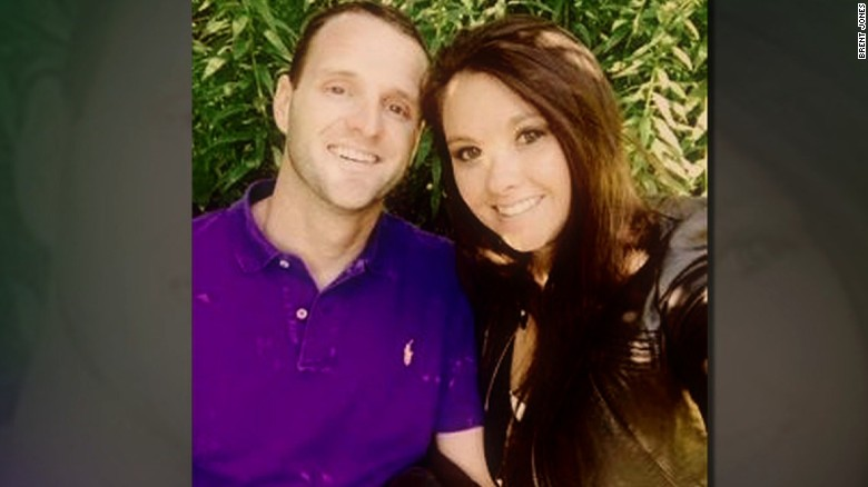 Newlyweds among victims of deadly Texas balloon crash