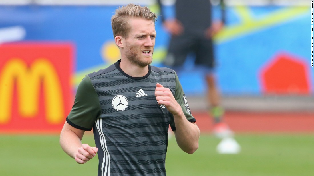 The next day, Dortmund continued to bolster its squad by signing Andre Schurrle from Bundesliga rival Wolfsburg for a reported fee of $33 million.