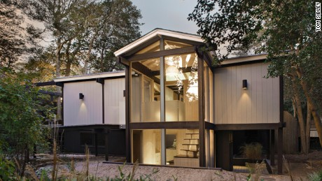 """214 Beach Hill Walk, designed by Charles """"Don"""" Page and renovated by Rawlins Design."""