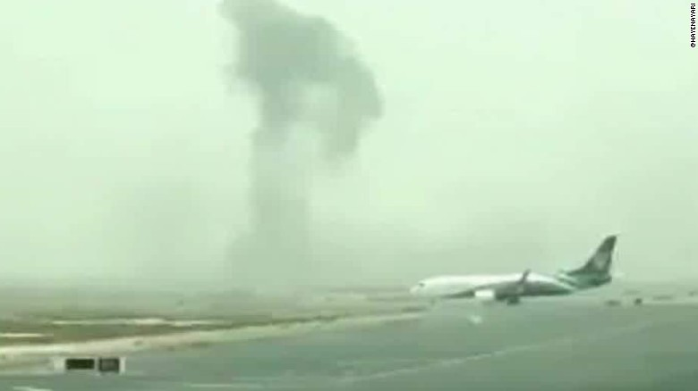 Dubai Emirates plane fire richard quest beeper _00001419