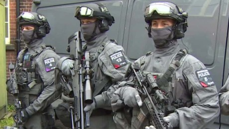london to deploy more armed police _00001312