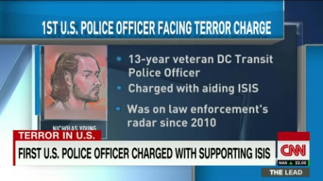 dc metro police officer arrested material support isis perez lead_00004523