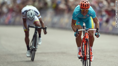 Uran (left) finished just behind Kazakhstan's Alexandre Vinokourov (right) at London 2012