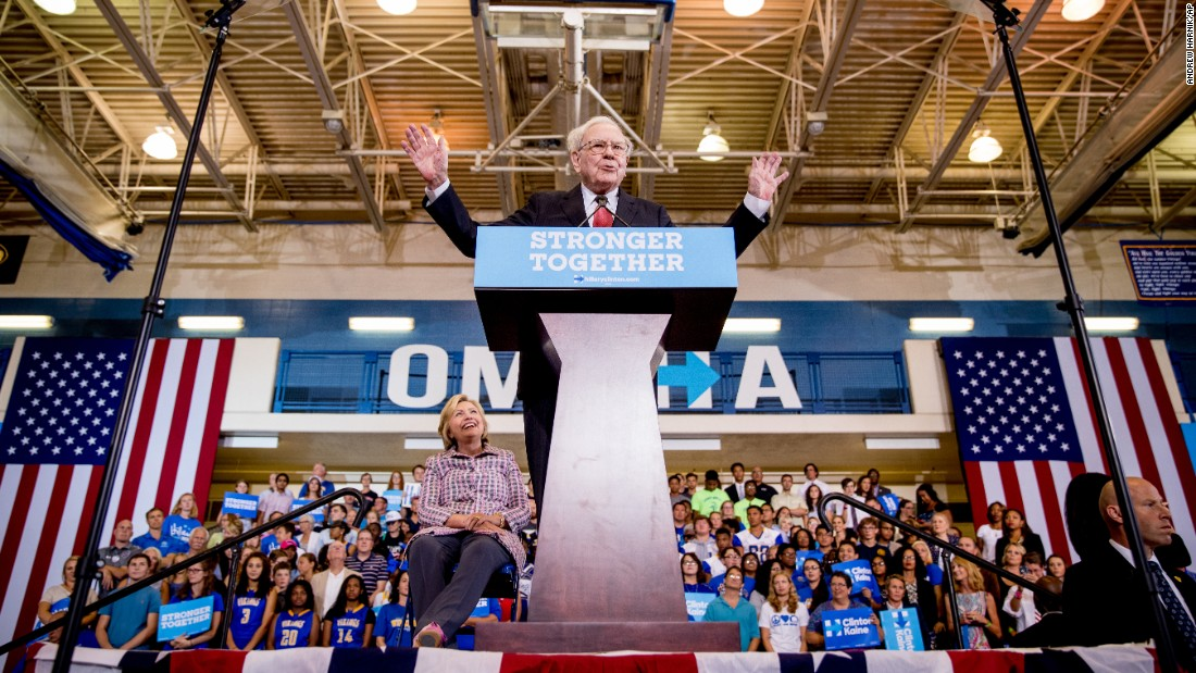 Billionaire Warren Buffett speaks at a rally in Omaha, Nebraska, for presidential candidate Hillary Clinton on Monday, August 1.