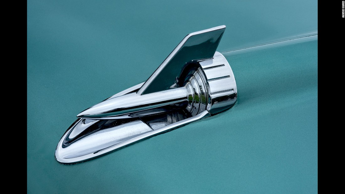 A side hood ornament of a 1957 Chevrolet Bel Air