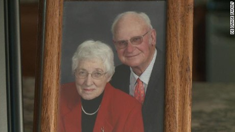 Henry and Jeanette De Lange died two minutes apart on July 31, 2016 in Platte, South Dakota.