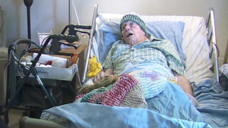 91-year-old in hospice care knits hats for the homeless