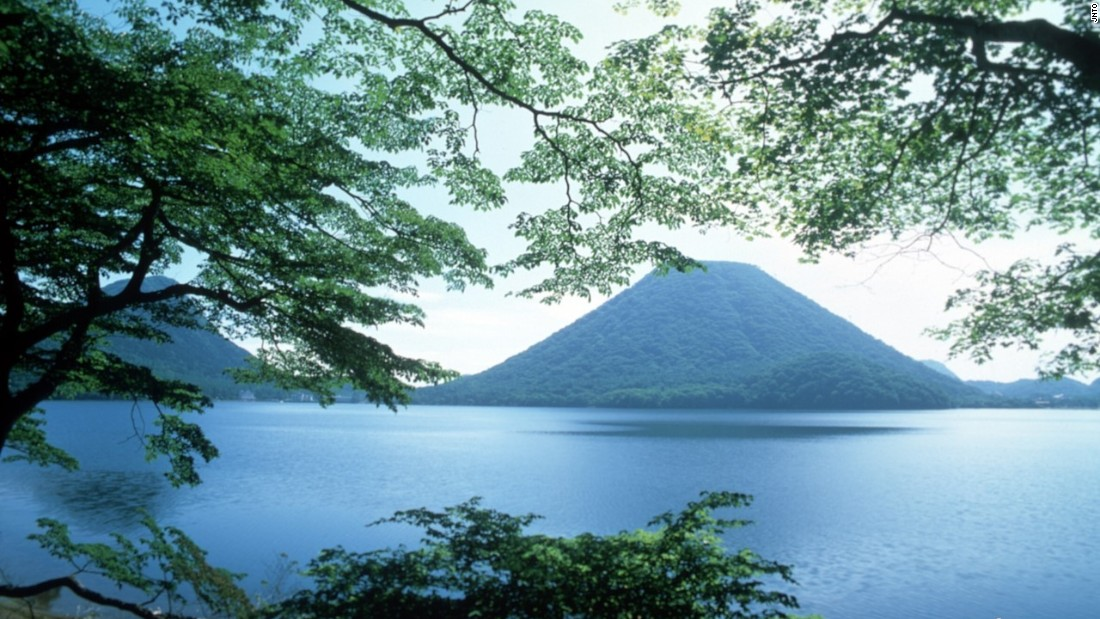 Lake Haruna, a popular camping and fishing area during the summer, is located near the summit of Mount Haruna. Haruna is one of Gunma's three famous mountains along with Mounts Akagi and Myogi.