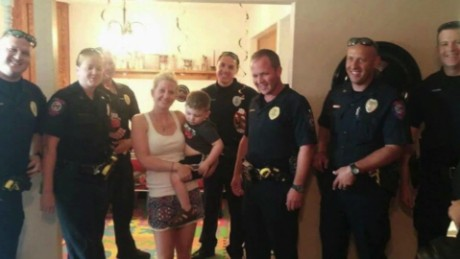 beyond the call of duty police attend autistic boys birthday party _00015101