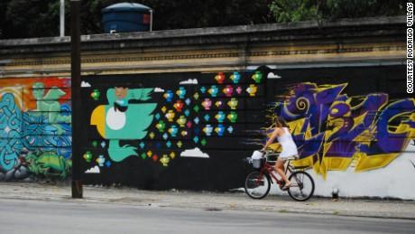 A Rodrigo Villas mural in Rio de Janeiro.