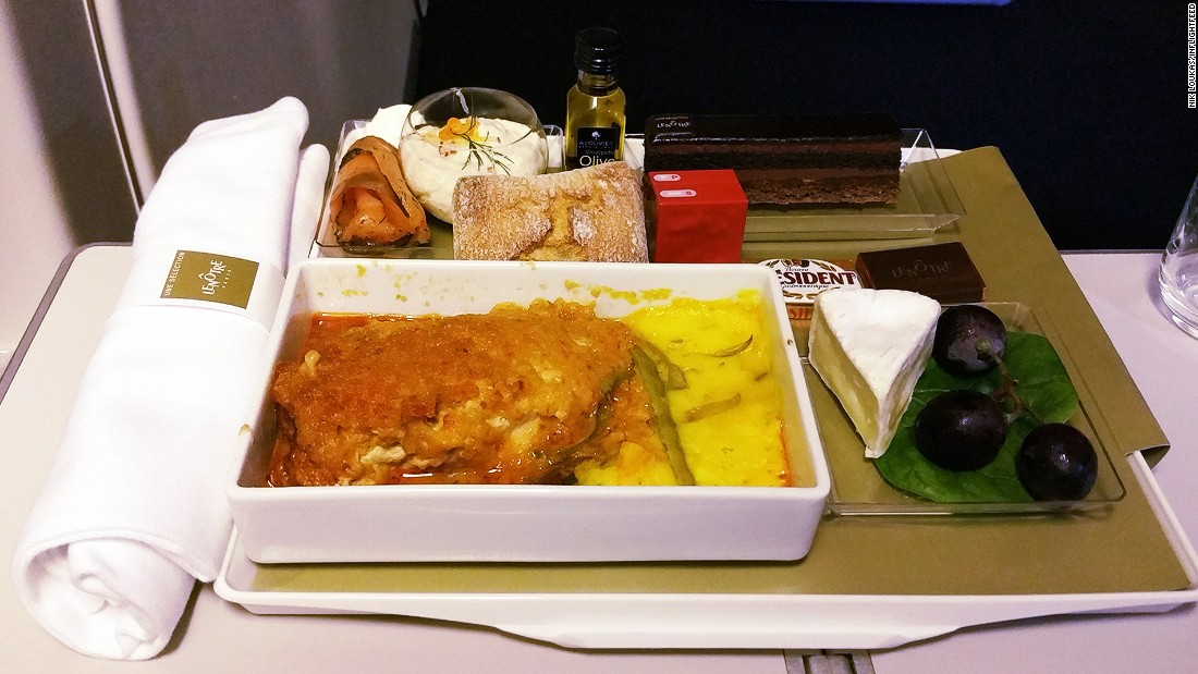 """On a recent flight from Paris to Singapore I truly enjoyed my pre-ordered upgrade meal. I paid 28 euros ($31) to upgrade my meal to a meal created by the chefs at the famed Lenotre in collaboration with Air France. A fine dining experience such as this is usually only reserved for those fortunate enough to travel in business class."""