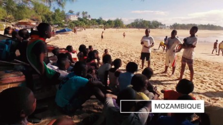 CNN Creative Marketing Inside Africa: Tofo Beach_00001821