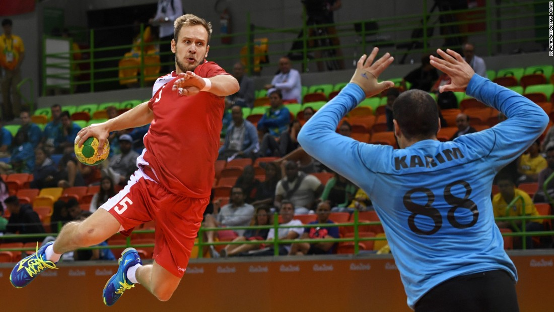 Poland's Mateusz Jachlewski prepares for a shot against Egypt.