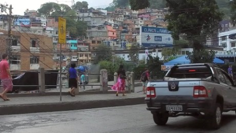 favelas olympics tennis ball boys orig_00000220