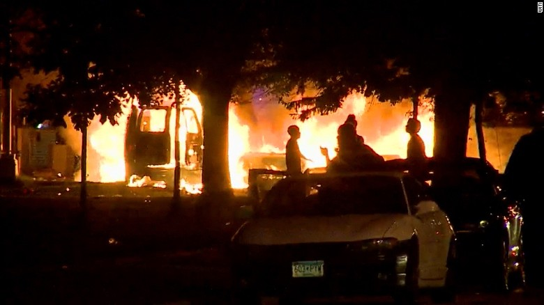 Milwaukee protests break out after police shooting