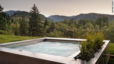 An inviting way to soak up the views