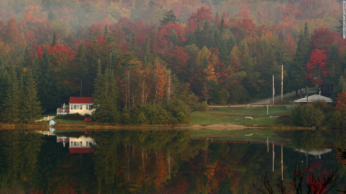 Taking in Southern Vermont's vivid fall foliage is at the center of a four-day tour that involves a private helicopter transfer between hotels and a Land Rover expedition.