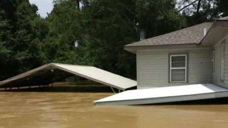 Floodwater destroys thousands of Louisiana homes