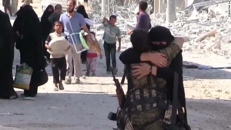 Allied militia agrees to hand villages to Syrian government