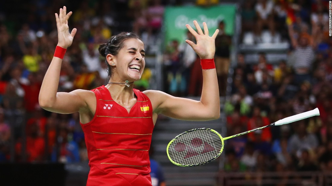 Spain's Carolina Marin -- the world's top-ranked badminton player -- won gold in the singles final on Friday, August 19.