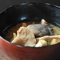 Japan food15 Nagano mushroom miso soup ©Tourism Commission of Hakuba Village:©JNTO