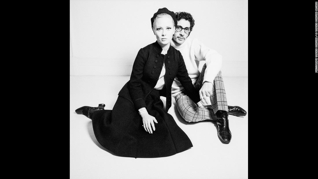 Actress Faye Dunaway, left, with photographer and film director Jerry Schatzberg in the Daily Express newspaper in November 1967.