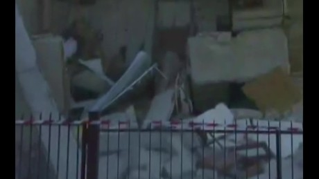 Building collapses live in Italy