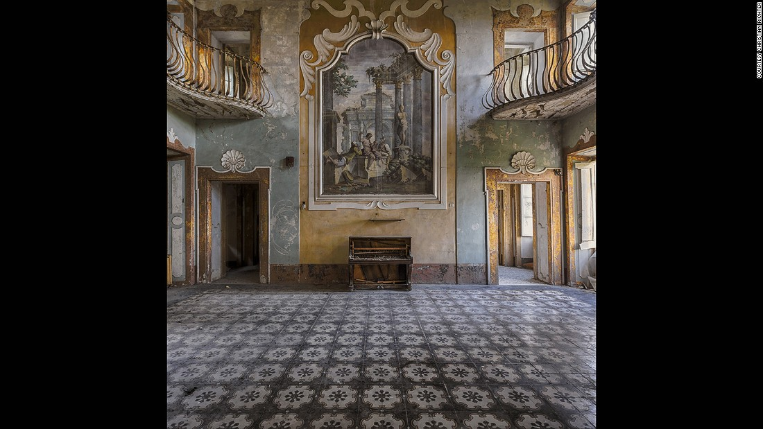 """I find beauty in decay, especially in abandoned hotels, castles and old mansions,"" says Richter. ""Sad, but beautiful all the same."" Even villas are transient, he adds."