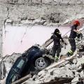 03 italy quake 0825