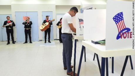 cnnee rec intvw la importancia del voto hispano en estados unidos _00014606