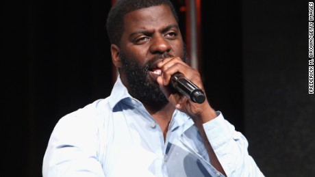"BEVERLY HILLS, CA - JULY 29:  Hip-hop artist, songwriter and activist Che ""Rhymefest"" Smith performs onstage during the 'POV ""All the Difference""' panel discussion at the PBS portion of the 2016 Television Critics Association Summer Tour at The Beverly Hilton Hotel on July 29, 2016 in Beverly Hills, California.  (Photo by Frederick M. Brown/Getty Images)"