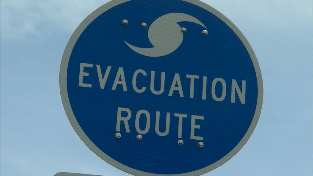 how to prepare for a storm Learn how to prepare for a storm with the help of eversource explore eastern ma power outage preparation tips for hurricanes and other severe weather.