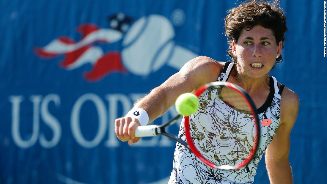Eleventh seed, Carla Suarez Navarro of Spain completed a double bagel -- 6-0 6-0 -- victory over Teliana Pereira of Brazil on Tuesday.