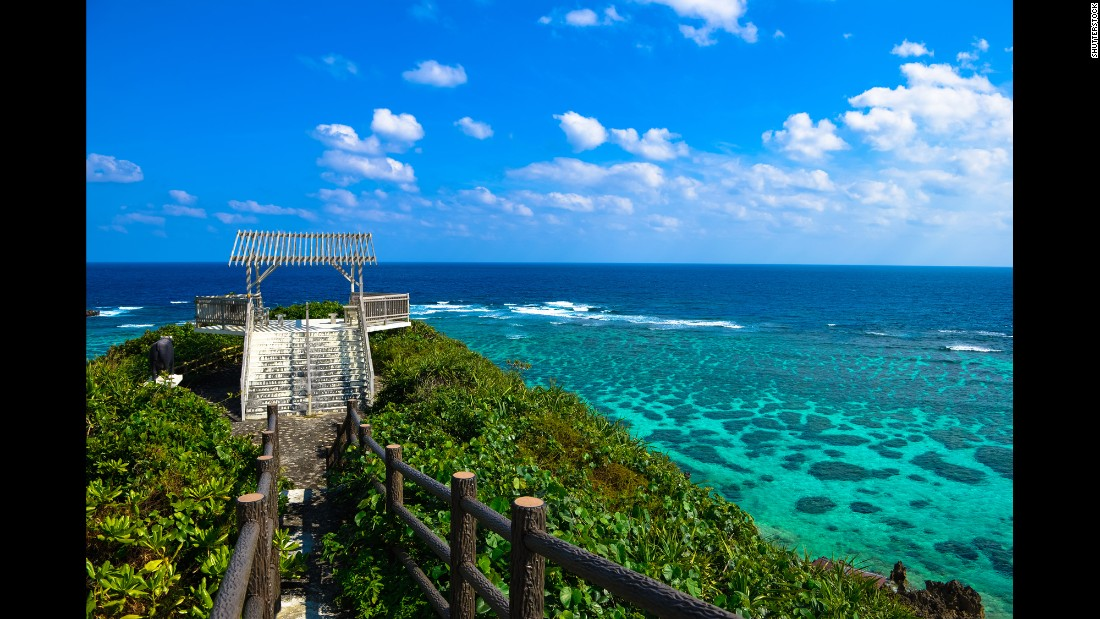 With turquoise blue seas and fresh fish at their fingertips, it's not hard to see why people in Okinawa live such long, healthy lives.