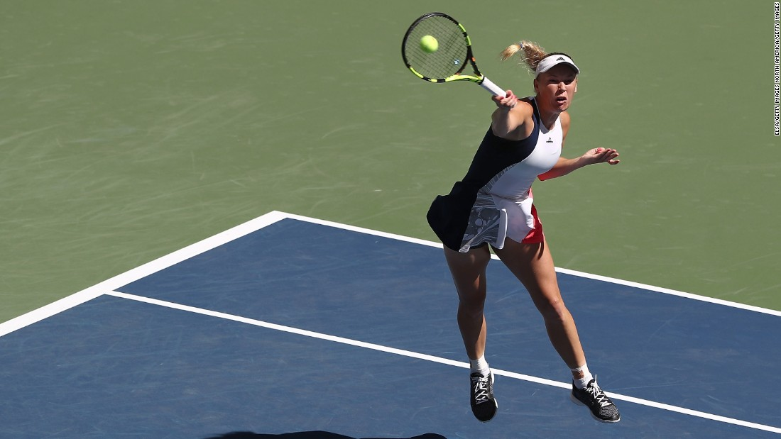 Two-time US Open finalist Caroline Wozniacki -- who meets Keys next -- followed up her upset win over Svetlana Kuznetsova by defeating Monica Niculescu 6-3 6-1.