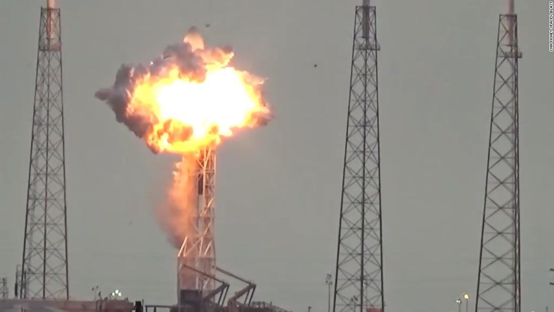 La explosión de SpaceX también destruyó un satélite de ...