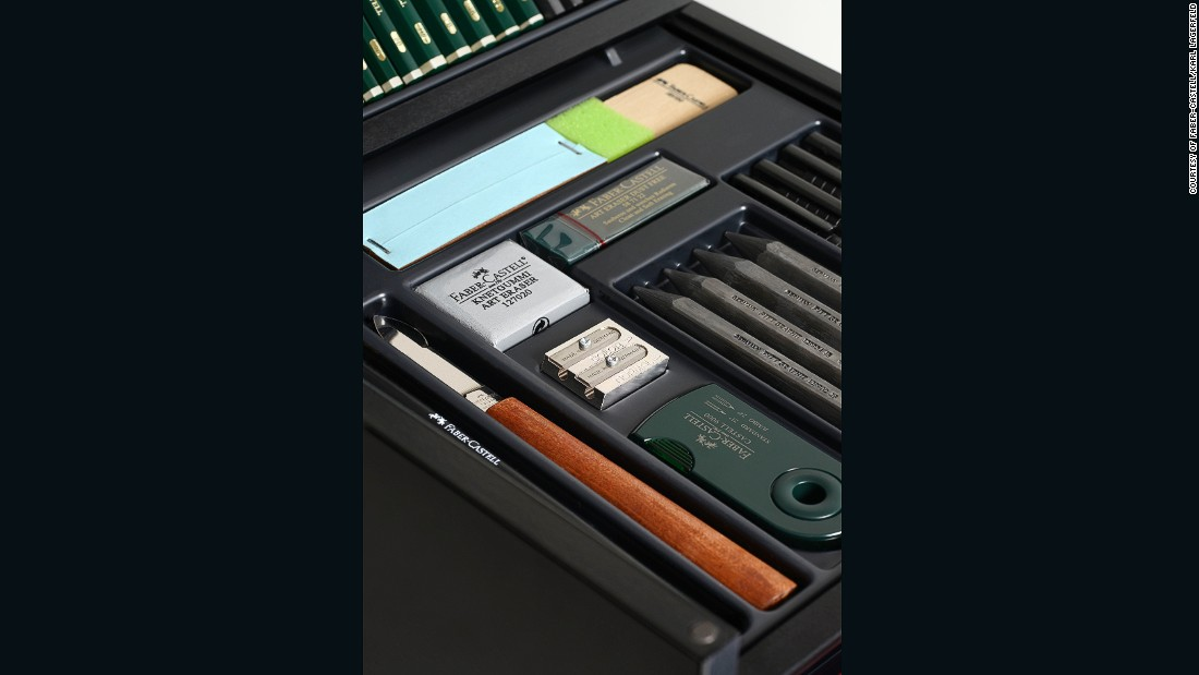 Named the KARLBOX, it contains 350 different art tools for drawing and painting.