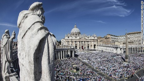 A general view of St Peter square during Mother Teresa of Calcutta canonization ceremony  at the Vatican, 04 September 2016.  The Mother Teresa of Calcutta canonization ceremony will take place on 04 September 2016. Mother Teresa was born Agnes Gonxha Bojaxhiu on 26 August 1910 to Albanian parents in Skopje, Macedonia. She began her missionary work with the poor in Calcutta in 1948, and won the Nobel Peace Prize in 1979. Following her death in 1997 she was beatified by Pope John Paul II and given the title Blessed Teresa of Calcutta.ANSA/ANGELO CARCONI (ANSA via AP)