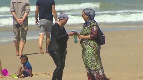 israel burkini bikini lee pkg_00003811