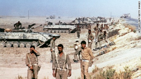 Iraqi soldiers near Khorramshahr in October 1980.