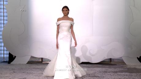 cnnee digital estilo pasarela rivini bridal_00001401